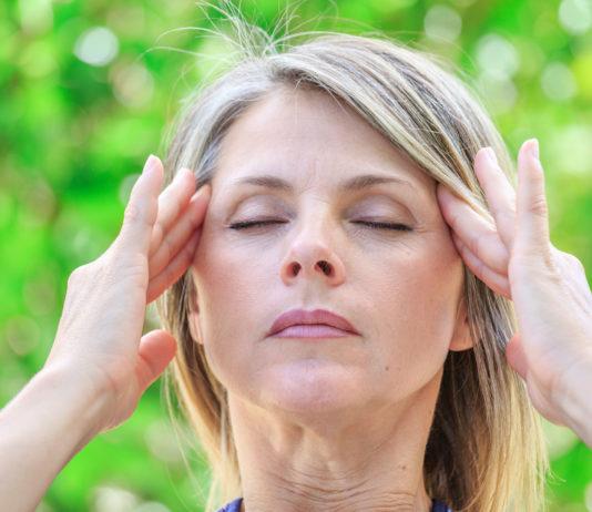 Kopfschmerzen homöopathisch behandeln