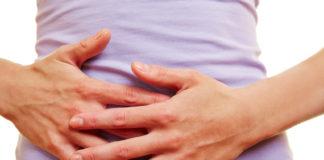Was hilft bei Bauchkrämpfen