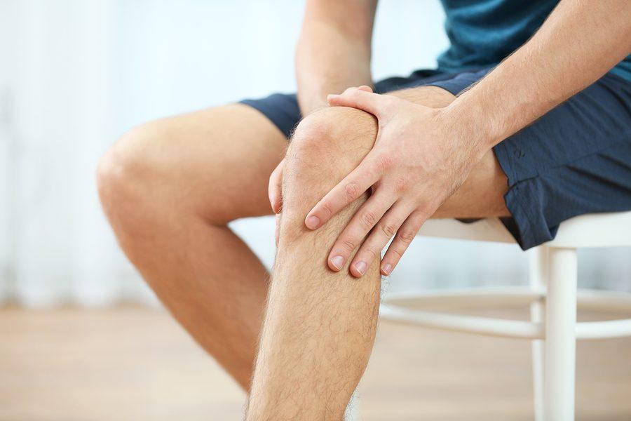 Schmerzen Kniekehle nach dem Sitzen beim Aufstehen?